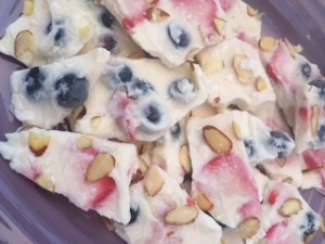 Berry Yogurt Bark, gluten free healthy frozen dessert
