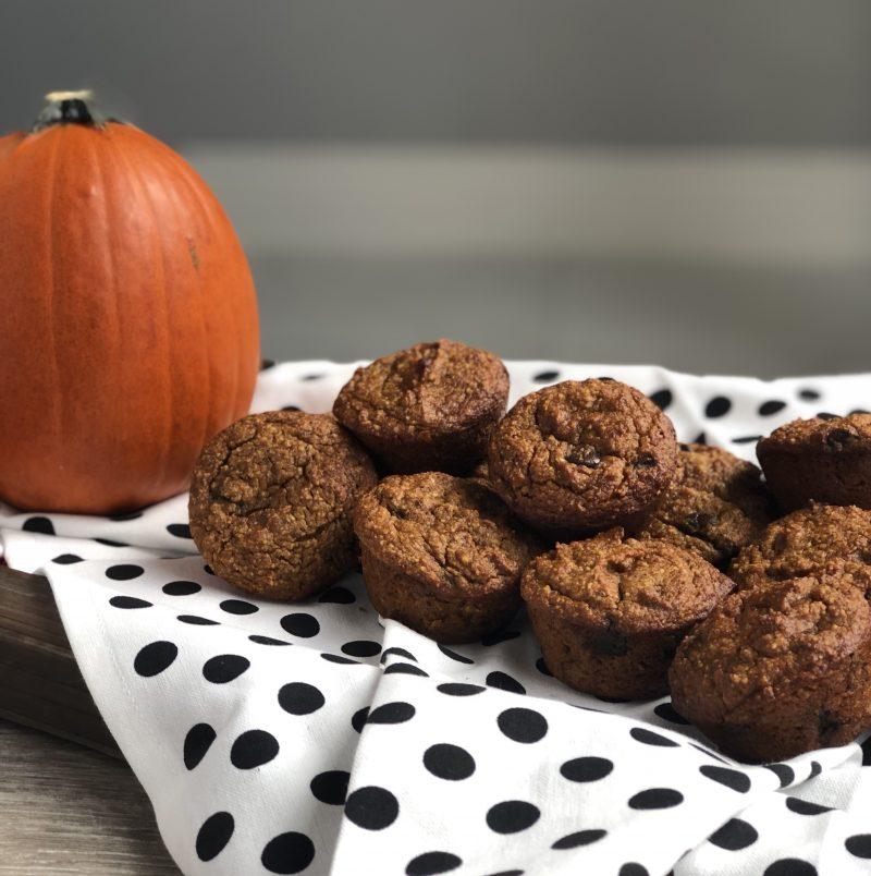 gluten free healthy almond flour pumpkin cake