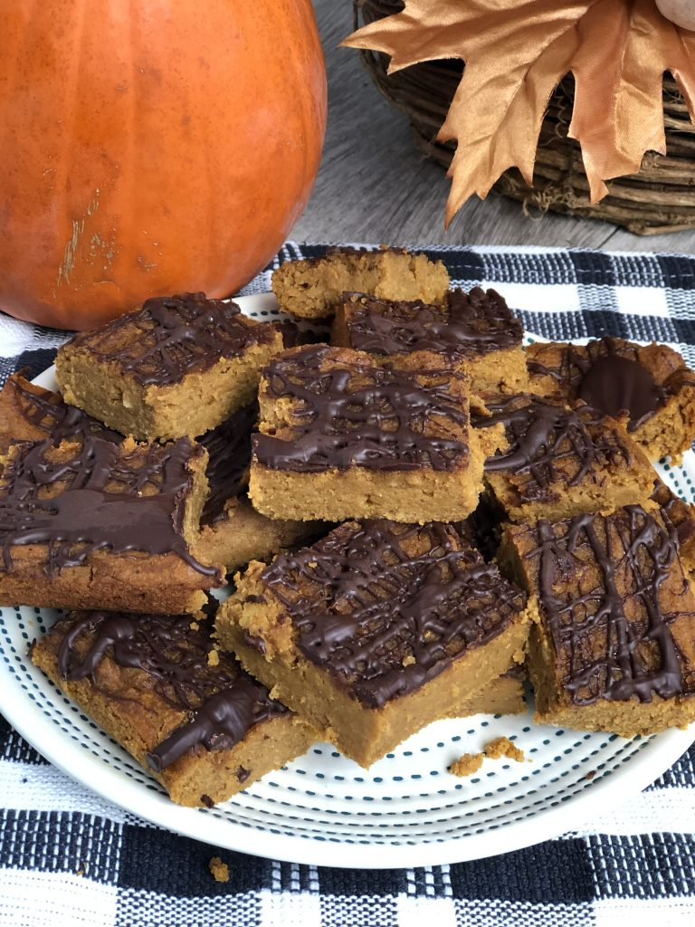 Easy and healthy gluten free pumpkin squares